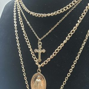 Multilayer necklace's gold plated